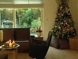 Kerstdecoratie: Stapelkrans en kaarsenschaal