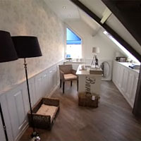 Een slaapkamer met landelijke uitstraling - Lay outs slaapkamer onder het dak ...
